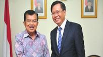 Phó tổng thư ký ASEAN người Việt nhận bàn giao 7 kg tài liệu