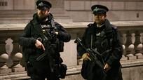 Xả súng tại London