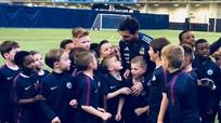 Messi lập siêu phẩm trong buổi tập của ĐT Argentina