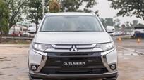 Mitsubishi Outlander lắp ráp thêm trang bị, giảm giá gần 200 triệu
