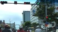 Kinh nghiệm lái xe trên phố đông người dành cho tài mới