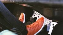 Kiểu giày an toàn khi lái ôtô
