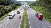 Lái xe đi tốc độ cao bị mất phanh, tài xế cần làm gì?