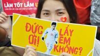 Phan Văn Đức và các cầu thủ người Nghệ được nhiều fan nữ Sài Gòn 'cầu hôn'