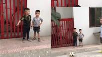 Cách nhổ răng 'bá đạo' của bố cho con trai bằng pha sút bóng