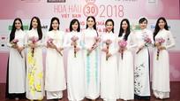 Chung khảo phía Bắc HHVN 2018: Trình diễn áo yếm và bikini ở Cửa Lò