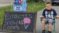Cậu bé 6 tuổi 'khởi nghiệp' kinh doanh kiếm tiền mua xe đạp