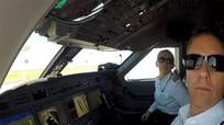 Hai phi công lái máy bay trực thăng tử nạn cùng tỷ phú Vichai là đôi tình nhân