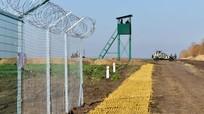 Xe địa hình mới nhất của quân đội Ukraine chưa đi xa đã chết dí