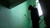 Phó giám đốc bệnh viện huyện Đức Thọ treo cổ tại nhà riêng
