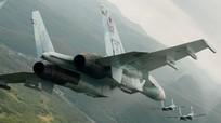 Công bố video Su-27 của Nga đánh chặn máy bay ném bom B-52H của Mỹ