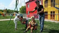 Vụ nổ xảy ra trên sân chơi ở miền Đông Ukraine làm 6 trẻ nhỏ bị thương