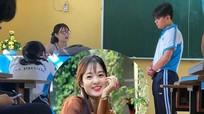 Cô giáo dạy Văn bị chụp lén có nhan sắc được ví như hotgirl