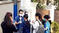 Đại sứ quán Việt Nam tại Lào kêu gọi công dân Việt Nam hạn chế về nước