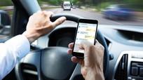 Nghiêm cấm sử dụng điện thoại di động khi lái xe