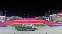Khoe tên lửa 'quái vật': Triều Tiên gửi thông điệp gì tới Mỹ?