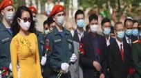 Dâng hoa nhân kỷ niệm 131 năm Ngày sinh Chủ tịch Hồ Chí Minh tại Liên bang Nga
