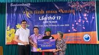 Sacombank - Chi nhánh Nghệ An trao 50 triệu đồng quà Tết cho hộ nghèo xã Nậm Càn, Kỳ Sơn