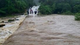 Nghệ An: 1 người mất tích, hàng trăm ngôi nhà bị ngập do mưa lớn