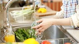 Bạn đã rửa rau củ quả đúng cách chưa?