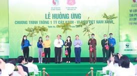 Thủ tướng Chính phủ cùng Bộ Tài nguyên và Môi trường tặng 10.000 cây xanh cho Nhân dân Nghệ An
