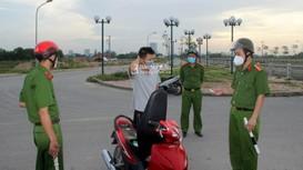 TP Vinh xử phạt nhiều trường hợp ra ngoài tập thể dục, đi dạo phố... trong thời gian thực hiện CT 16