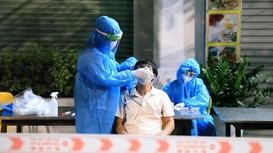 Xuyên đêm lấy hàng chục nghìn mẫu xét nghiệm vùng nguy cơ cao trong nội đô thành Vinh