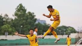Cựu cầu thủ U19 Việt Nam rời SLNA