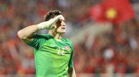 Màn trình diễn ấn tượng của Đặng Văn Lâm tại AFF Cup trước khi sang Thái đi đấu