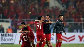 Văn Lâm có thể lỡ 7 vòng J-League; HLV duy nhất ở Đông Nam Á chưa thua thầy Park nhận 'mật lệnh'