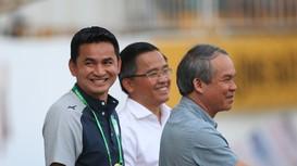 HAGL phủ nhận được bầu Đức thưởng nóng tiền tỷ; HLV ngoại Hà Nội FC nói gì trong buổi ra mắt?