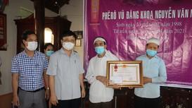 Truy tặng Huân chương dũng cảm của Chủ tịch nước cho sinh viên Nguyễn Văn Nhã