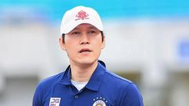 HLV trưởng Hà Nội FC làm trợ lý cho HLV Park Hang-seo; MU 'trói chân' Solskjaer thêm 3 năm