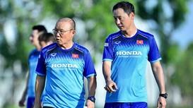 HLV Park Hang-seo giao nhiệm vụ đặc biệt cho trợ lý Kim Han Yoon; MU mở cửa bán 10 cầu thủ