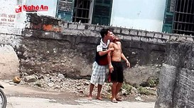 Video diễn biến quá trình bắt cóc, cứa cổ nạn nhân ở Nghệ An