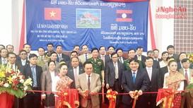 Thắt chặt hơn tình đoàn kết Nghệ An - Xiêng Khoảng