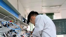 Trường Việt-Hàn xây dựng chất lượng cao và hợp tác quốc tế