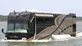 Cỗ xe 15,5 tấn có thể chạy trên mặt nước