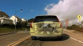 Hệ thống camera trên ôtô nhìn xuyên chướng ngại vật ở Pháp