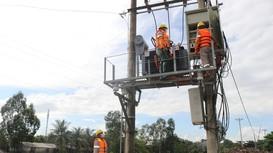 Công ty Điện lực Nghệ An: Nỗ lực khắc phục sự cố, kịp thời cấp điện phục vụ người dân sau mưa lũ
