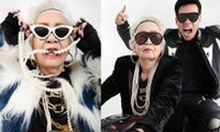 Bộ ảnh 'chất chơi' của HLV Rap Việt cùng bà ngoại U80 gây sốt