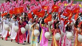 Hướng tới Đại hội lần thứ XIII của Đảng: 'Việc gì có lợi cho dân phải hết sức làm'