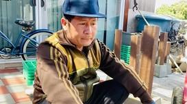 Ca sĩ Bằng Kiều miệt mài chạy show ở Việt Nam vì ở Mỹ chỉ... làm vườn và sửa nhà!