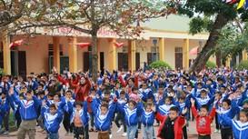 Nhiều địa phương ở Nghệ An trích ngân sách hỗ trợ cho các giáo viên dạy tăng giờ