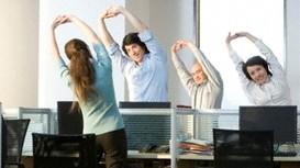 Bài tập 2 phút tại văn phòng giúp phục hồi năng lượng