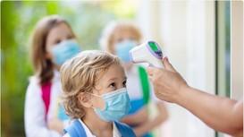 Trẻ em và thanh, thiếu niên mắc Covid-19 tại Mỹ tăng tới 84% trong 1 tuần