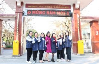 6 nữ sinh cùng lớp chuyên Văn trường Phan đạt giải cao trong Kỳ thi học sinh giỏi Quốc gia