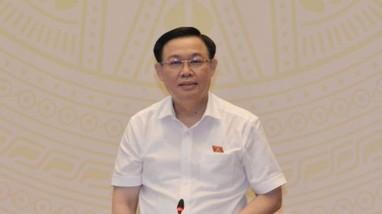 Chủ tịch Quốc hội: 'Vấn đề nào có lợi cho quốc kế dân sinh, báo chí cần tập trung tuyên truyền'