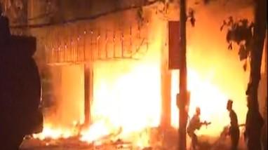 Video: Cận cảnh vụ cháy thương tâm khiến 6 người tử vong ở TP. Vinh