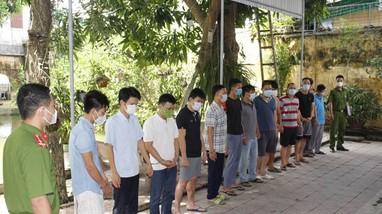 Đường dây cá độ bóng đá nghìn tỷ ở Nghệ An: Riêng đêm khai mạc Euro 'chảy' hơn 38,4 tỷ đồng